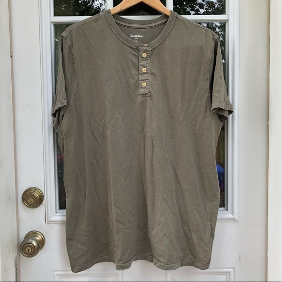Goodfelllow & Co. Other - Olive Green Goodfellow Short Sleeve Henley Tee